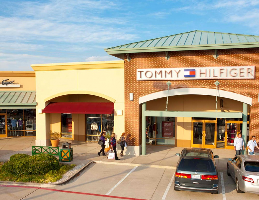 Get all of the deals, sales, offers and coupons here to save you money and time while shopping at the great stores located at Allen Premium Outlets®.